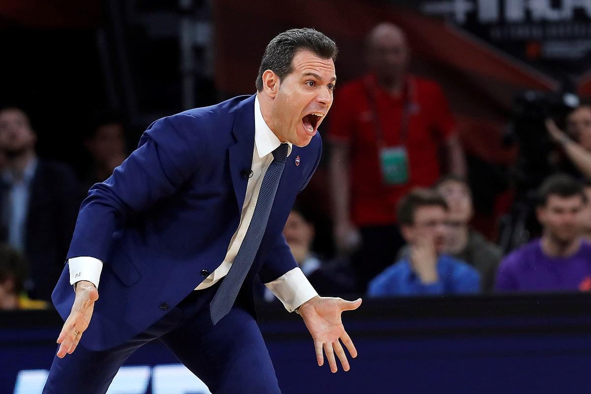 Dimitrios Itudis, aginduak ematen, CSKA Moskuk aurreko denboraldian Gasteizen jokatutako Lauko Finalean. ©JUAN CARLOS HIDALGO / EFE