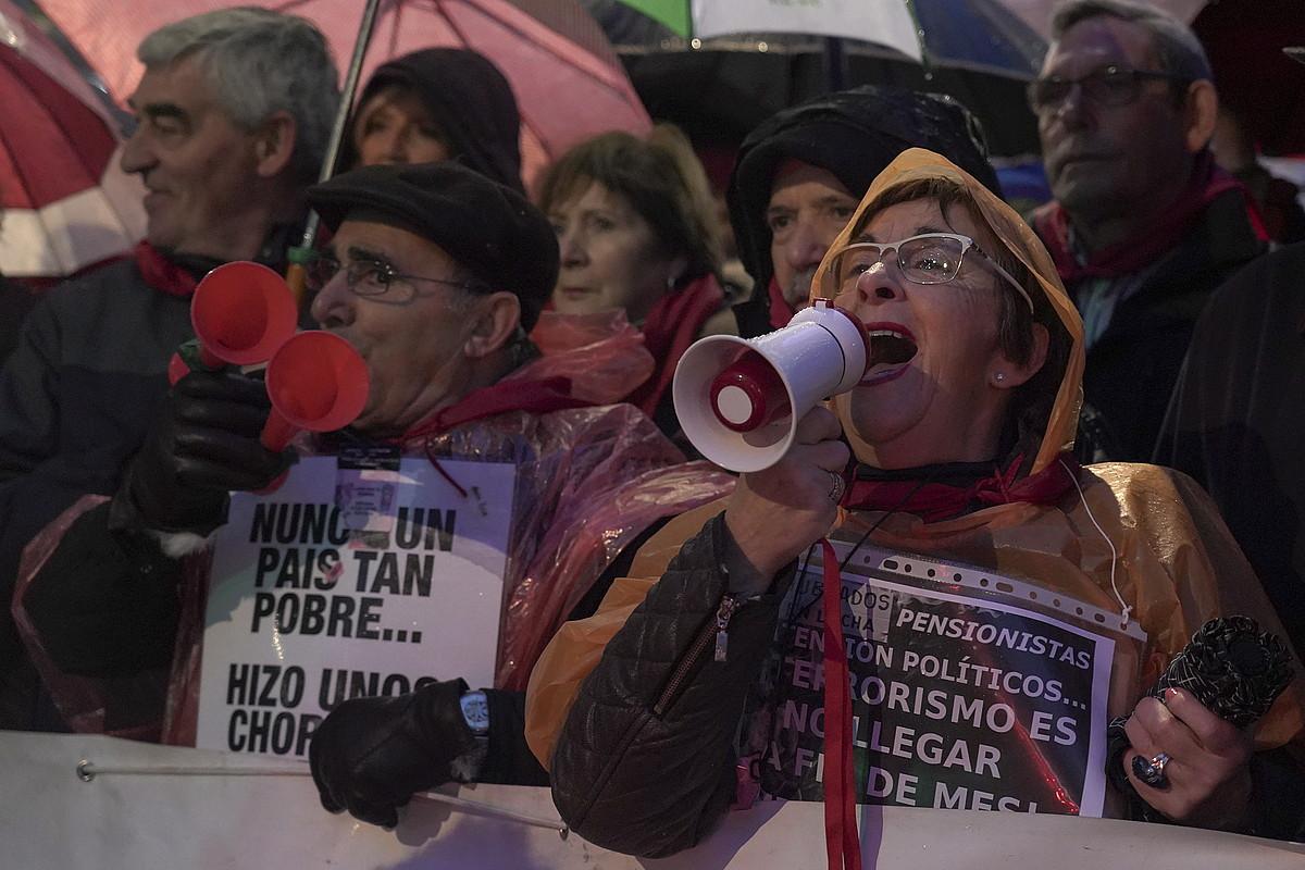 Pentsiodun batzuk, hilaren 16an Bilbon egin zuten manifestazioan. ©M. D. V. / FOKU
