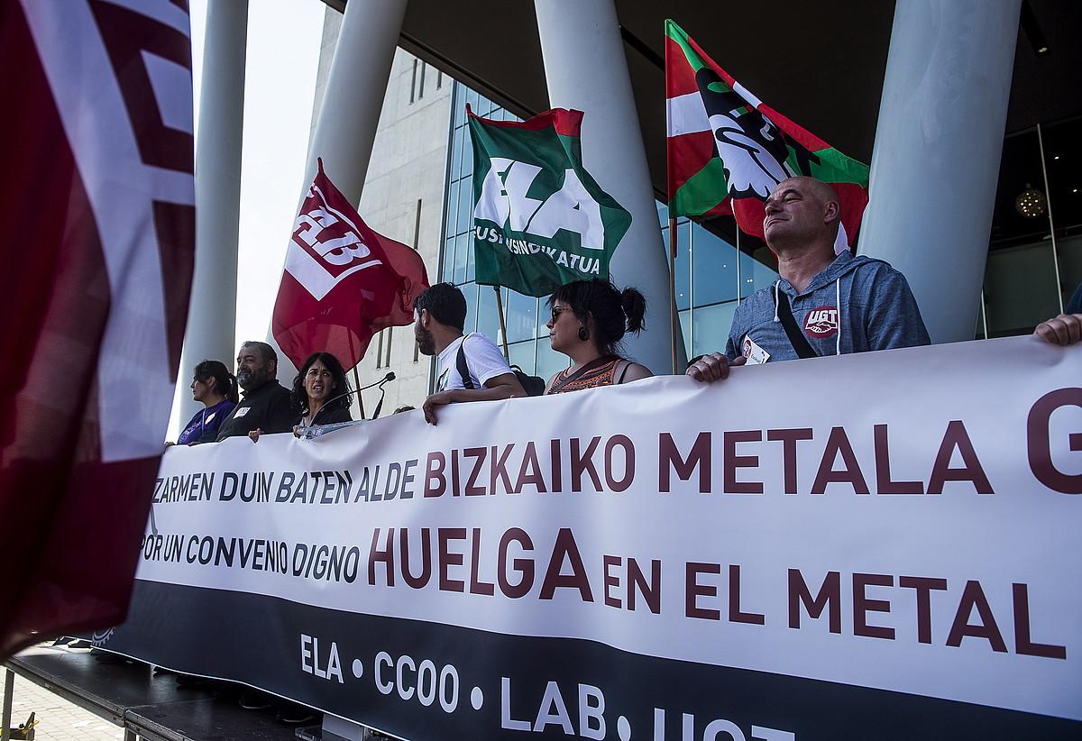 Metalgintzako sindikatuen elkarretaratze bat, aurten. ©LUIS JAUREGIALTZO / FOKU