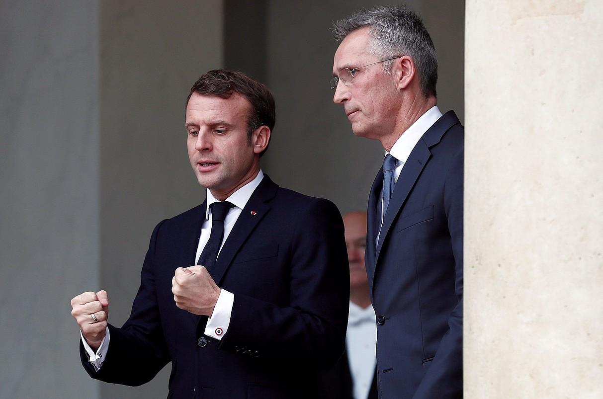 Emmanuel Macron eta Jens Stoltenberg, Parisen, joan den azaroaren 28an. ©IAN LANGSDON / EFE