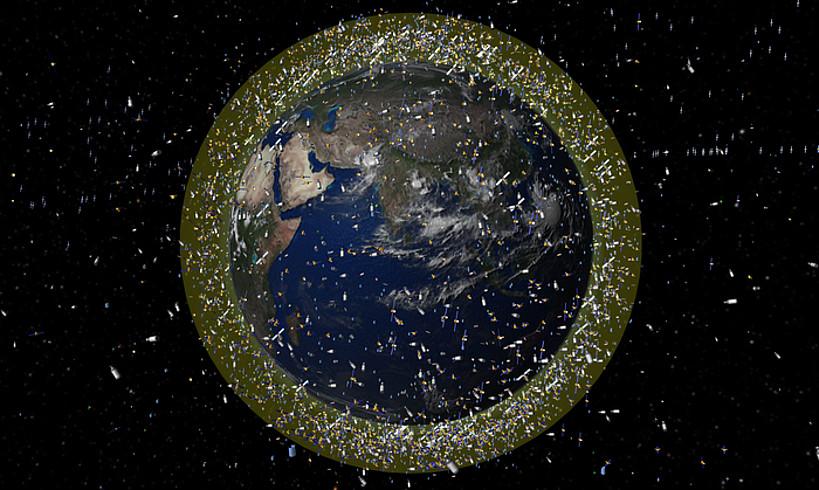 Lurreko behe orbitako zabor kopuruaren simulazioa. Sateliteen neurria berezkoa baino handiagoa da. ©ESA EUROPAKO ESPAZIO AGENTZIA