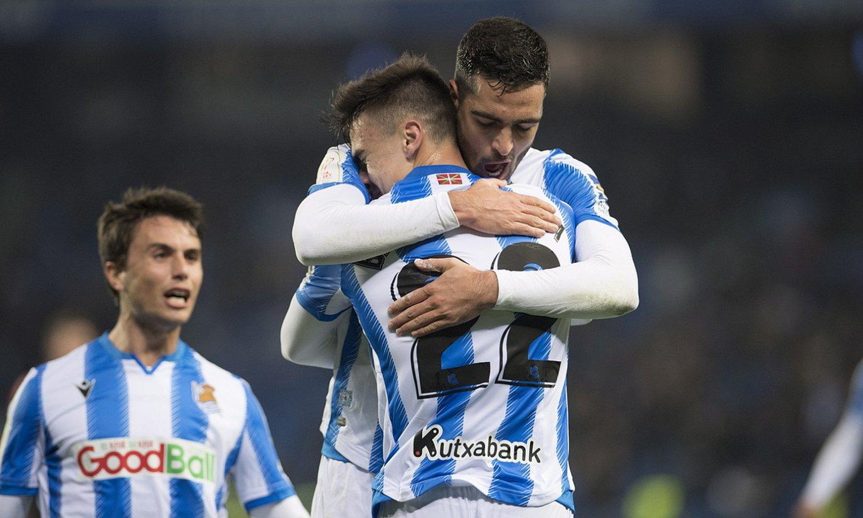 Mikel Merino eta Ander Barrenetxea, Realaren lehen gola ospatzen. Donostiarra izan zen golegilea. ©JUAN CARLOS RUIZ / FOKU
