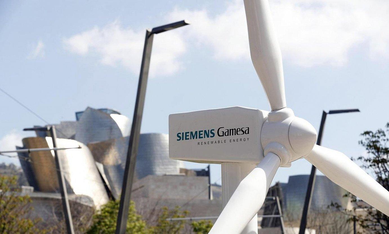 Siemens Gamesaren haize erroten eredu bat, Bilbon, artxiboko irudian. ©LUIS TEJIDO / EFE