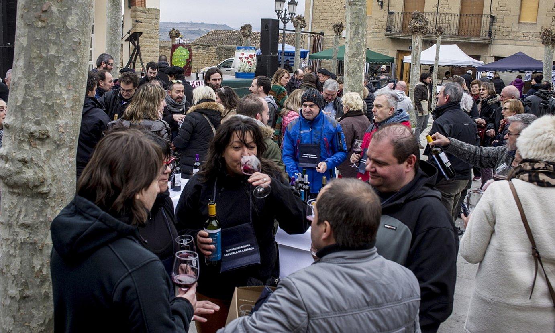 Urteko ardoa aurkezteko festa antolatzen dute Lapuebla de Labarcan. ©JAIZKI FONTANEDA / FOKU