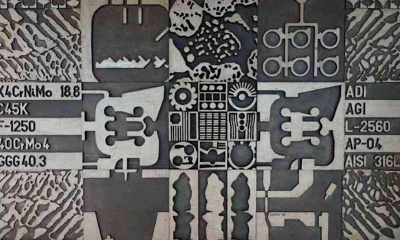 Maria Jesus Cueto artistak eskulturak eta bestelako piezak bildu ditu <em>Aztarnak denboran zehar</em> erakusketan. ©BERRIA