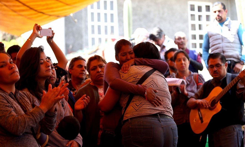 Fatima Aldrighettiren hileta. 7 urteko haurraren gorpua joan den asteburuan aurkitu zuten, Mexiko hirian, poltsa batean sartuta. ©SASHENKA GUTIERREZ / EFE