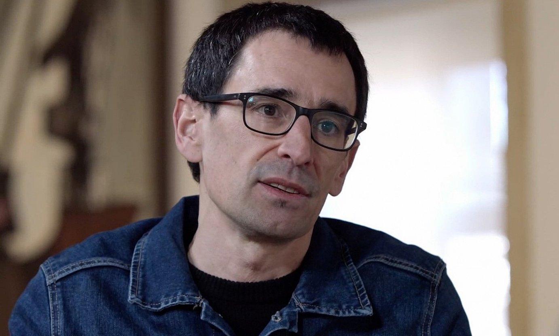 Igor Elortza bertsolaria izango da <em>Hitzetik hortzera</em> saioko protagonista nagusia biharko atalean. ©BERTSOZALE