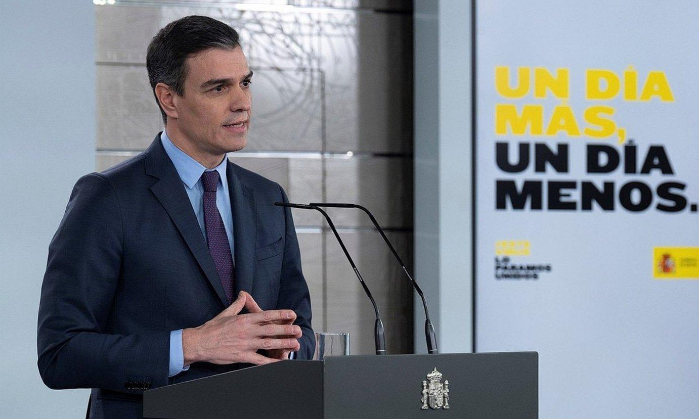Pedro Sanchez Espainiako Gobernuko presidentea, atzo, Madrilen, alarma egoera beste bi astez luzatzeko agerraidian. ©BORJA PUIG DE LA BELLACASA / EFE