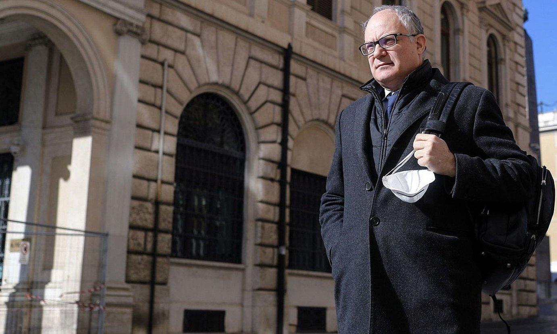 Roberto Gualtieri Italiako Ekonomia ministroa, gobernuaren egoitzan, Erromako Chigi jauregian. ©RICCARDO ANTIMIANI / EFE