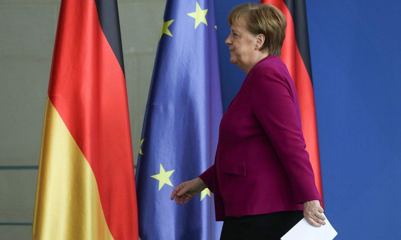 Angela Merkel kantzilerrak koronabirusari buruz hitz egiteko agerraldia egin zuen atzo. / ADAM BERRY / FOKU