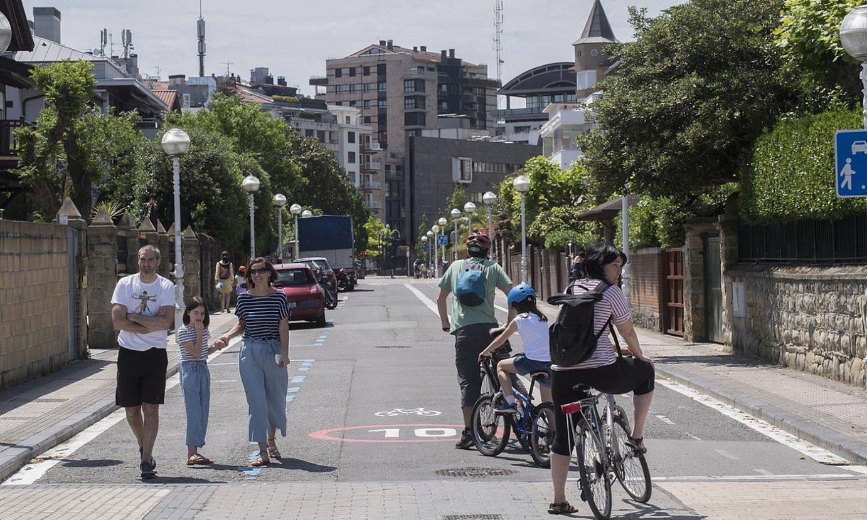 <b>Donostia. </b>Zenbait kale oinezko eta bizikletentzat egokitu dituzte. ©JUAN CARLOS RUIZ / @FOKU