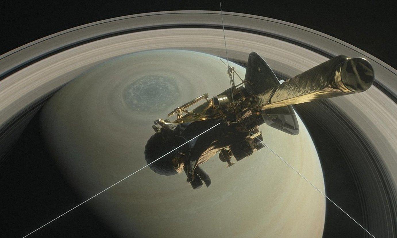 'Cassini' zundak Saturnoren orbitan eginiko argazki bat. ©NASA / EFE