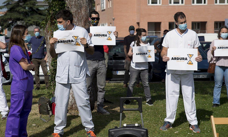 Iruñean, Nafarroako Ospitale Gunean atzo egindako elkarretaratze eta agerraldia. ©IÑIGO URIZ / FOKU