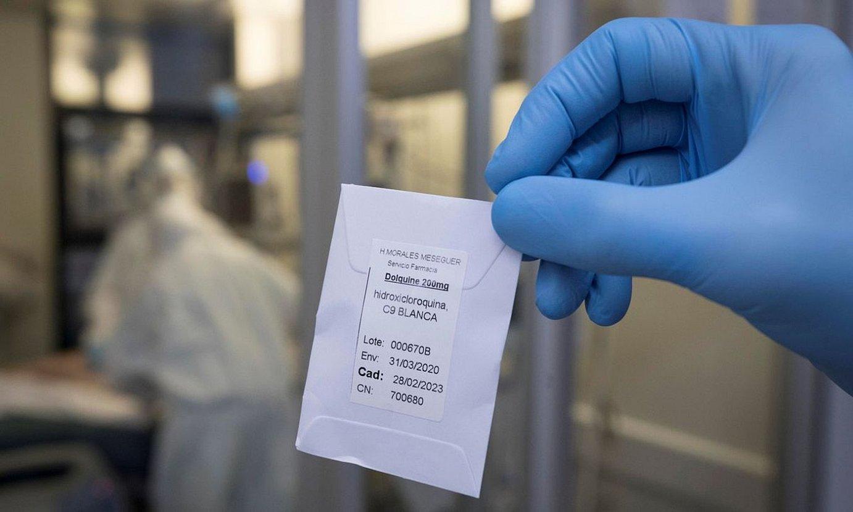 Hidroxiklorokina dosi bat, Murtziako erietxe batean (Espainia). ©MARCIAL GUILLEN / EFE