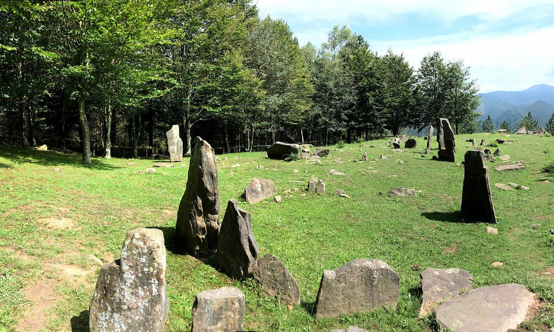 Mulisko Gaina Oindi-Mandoegi Estazio Megalitikoan dago.