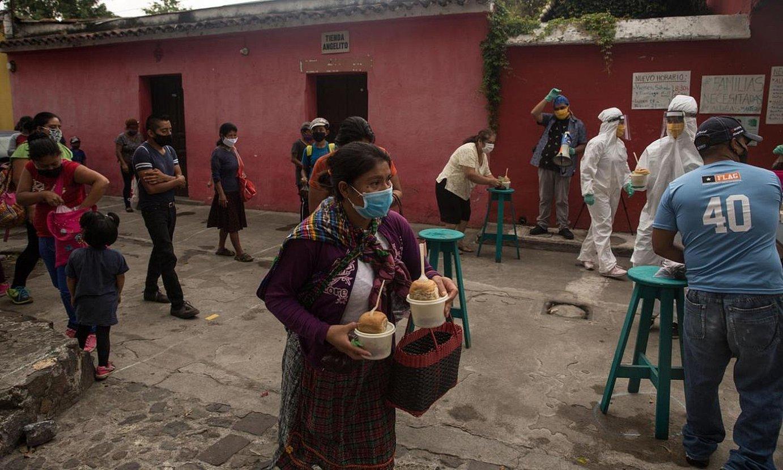 Janaria banatzen, Guatemalan. ©ESTEBAN BIBA / EFE