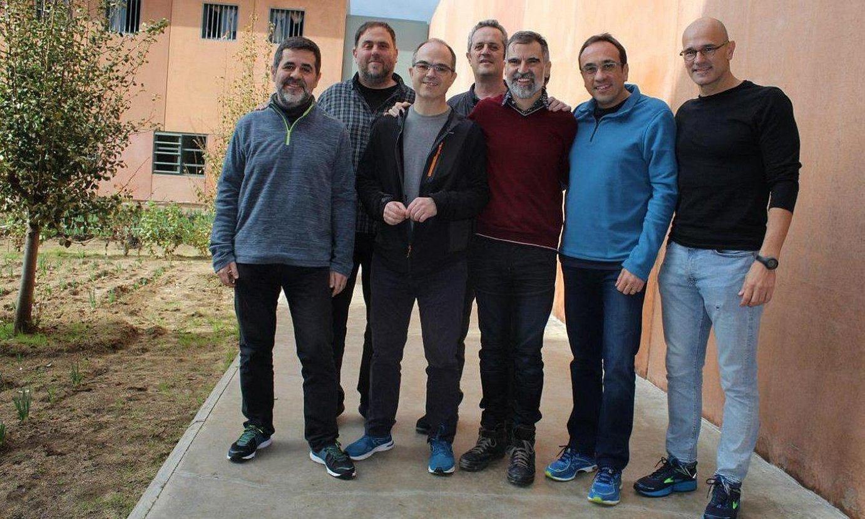 Lledonerseko espetxean preso dauden Kataluniako buruzagi independentistak, artxiboko irudi batean. ©OMNIUM CULTURAL