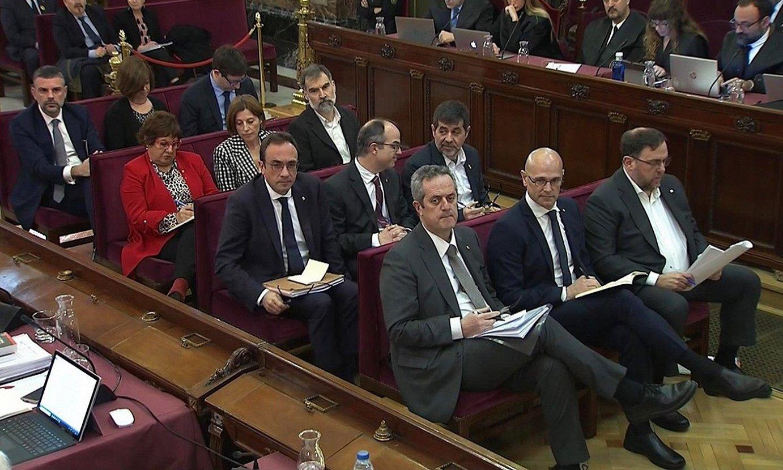 Kataluniako prozesu independentistaren kontrako epaiketan zigortuak izan ziren buruzagiak, Espainiako Auzitegi Gorenean, iazko otsailean. ©EFE