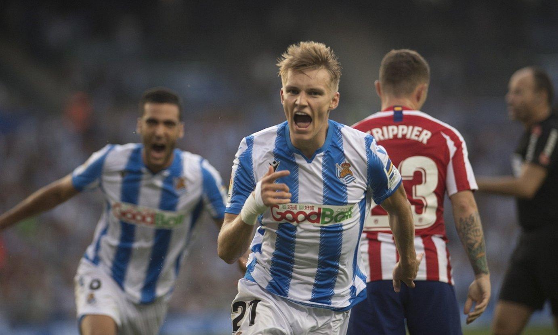Odegaard, Atletico Madrili lehen itzulian Anoetan sartu zion gola ospatzen. ©JUAN CARLOS RUIZ / FOKU