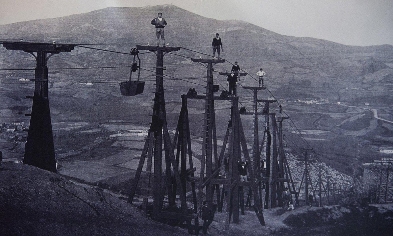 Orconera Iron Company-k eraikitako zortzi kilometroko balde lerroa. ©LUIS JAUREGIALTZO / FOKU