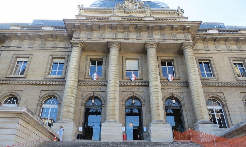 Parisko Dei Auzitegian izan zen auzi saioa, atzo arratsaldean. ©EKHI ERREMUNDEGI BELOKI