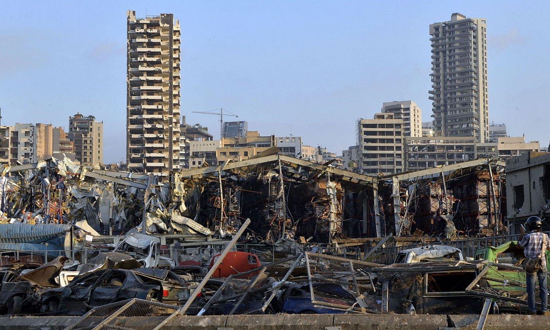Beiruteko portu ingurua, lehergailu biltegi batek eztanda egin ostean. ©WAEL HAMZEH / EFE