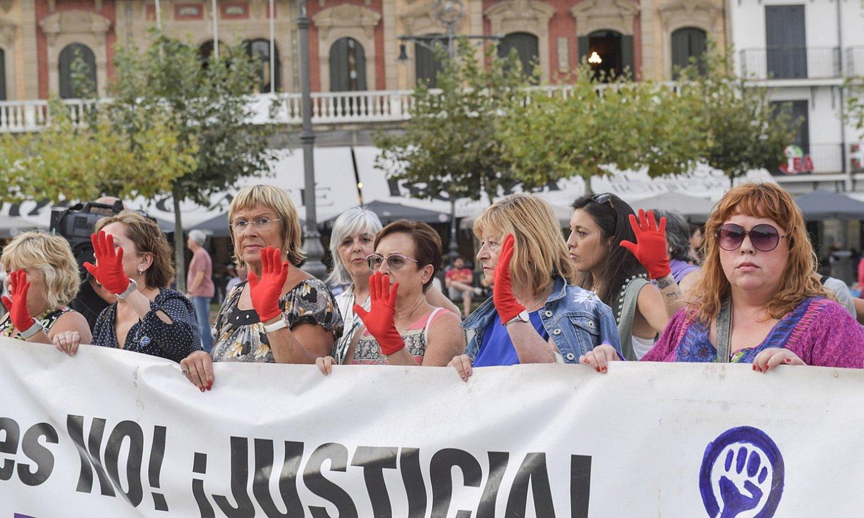 Indarkeria matxistaren aurkako manifestazio bat Iruñean, artxiboko irudi batean. ©IÑIGO URIZ / FOKU