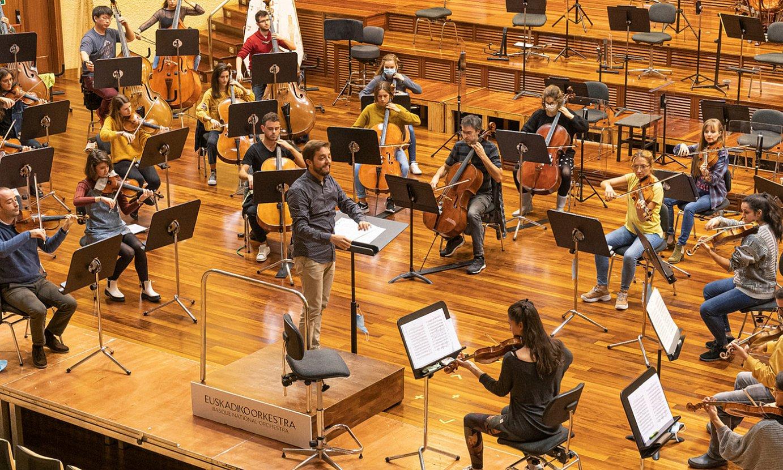 Euskadiko Orkestrako musikariak entsegu batean, Donostiako egoitzan. ©EUSKADIKO ORKESTRA