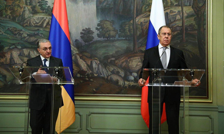 Armeniako eta Errusiako Atzerri ministroak, herenegungo bilkuran. ©EPA / EFE