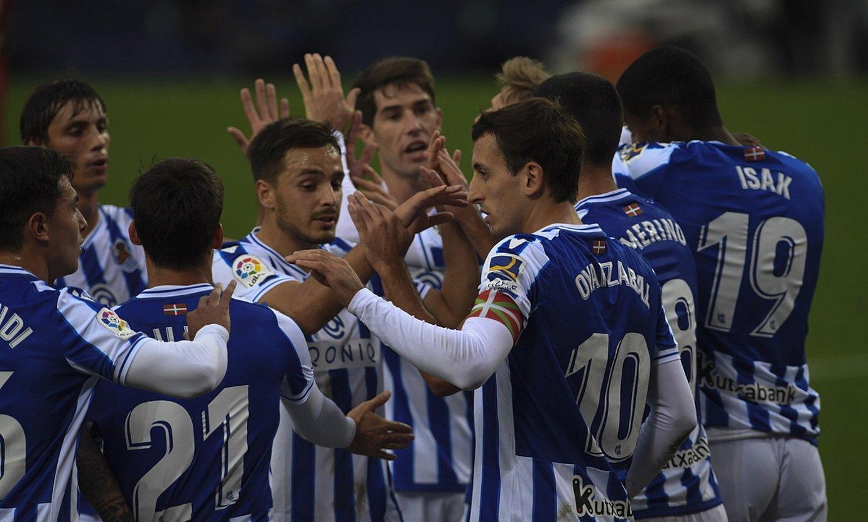 Realeko jokalariak Getaferi sartutako gol bat ospatzen. ©JON URBE / FOKU