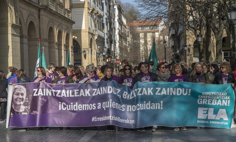 Zahar etxeetako langileek egindako protesta bat, otsailean. ©A. CANELLADA / FOKU