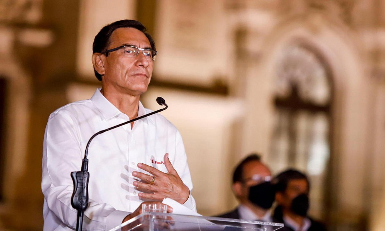 Martin Vizcarra Peruko presidentea, atzo eginiko agerraldian. ©EFE