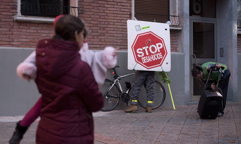 Etxegabetze baten kontra Iruñean egindako protesta bat. ©IÑIGO URIZ / FOKU