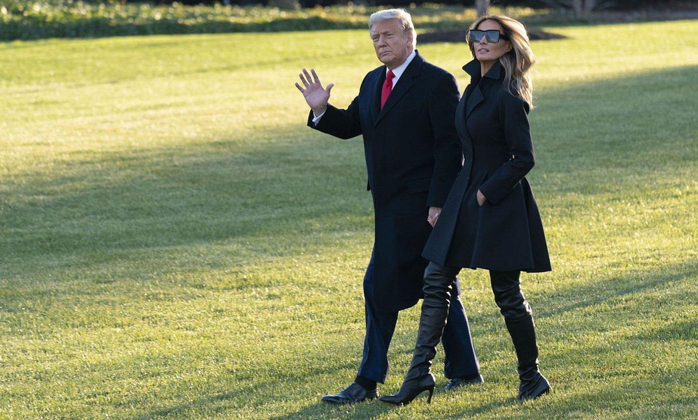Donald eta Melania Trump, joan den astean, Floridarako bidean. ©CHRIS KLEPONIS / POOL / EFE