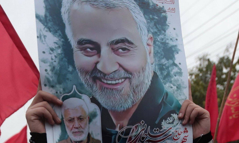 Soleimaniren hilketa salatzeko protestak. ©RAHAT DAR / EFE