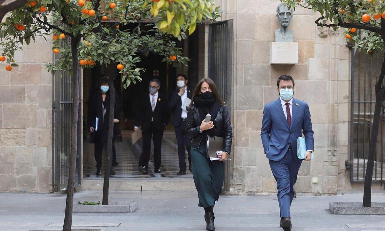 <b>Generalitatea.</b> Meritxell Budo presidentetzarako kontseilaria eta Pere Aragones presidentordea. ©R. M. / EFE