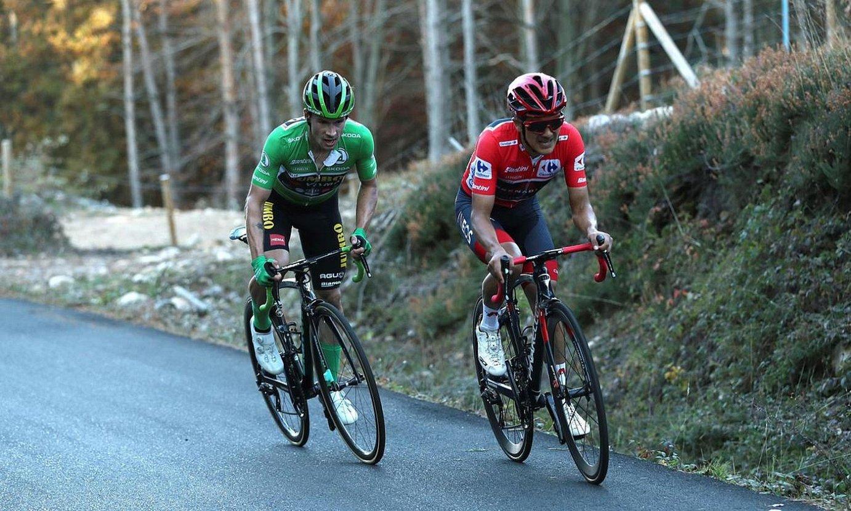 <b>Roglic, iazko Vueltako irabazlea, eta Carapaz, etapa batean.</b> ©KIKO HUESCA / EFE