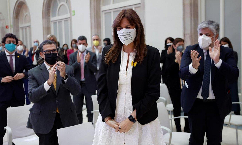 Laura Borras, Kataluniako Parlamentuko presidente hautatu berritan, atzo, Bartzelonan. ©QUIQUE GARCIA / EFE