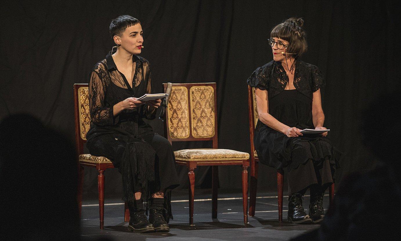 Erika Olaizola eta Ainhoa Alberdi, Bilboko saioaren une batean. ©ARITZ LOIOLA / FOKU