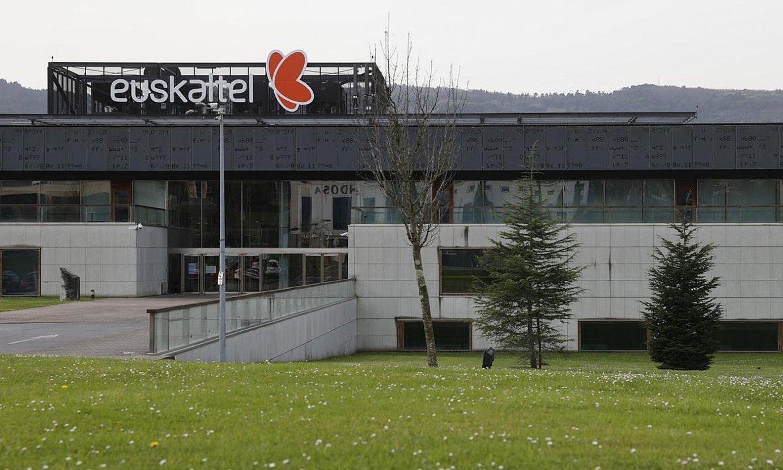 Euskaltelen egoitza nagusia, Bizkaiko Parke Teknologikoan, Derion. ©JAVIER TEJIDO / EFE