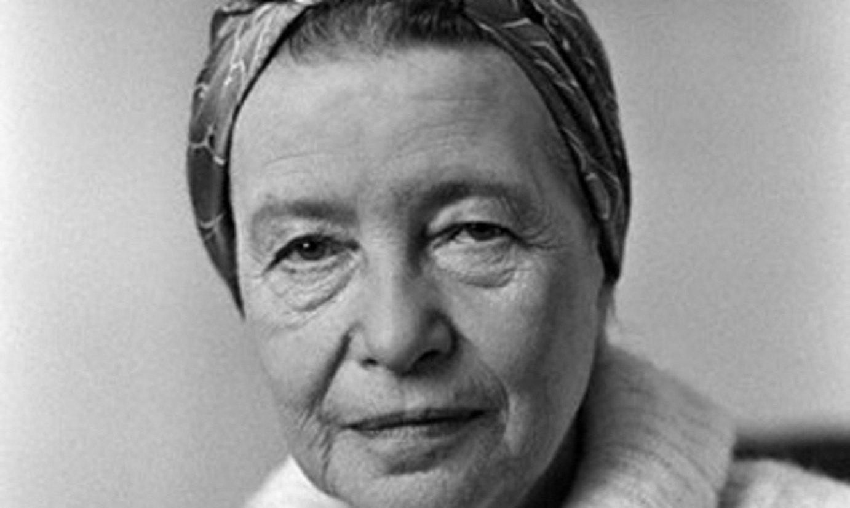 Simone de Beauvoir pentsalari eta idazle feminista, artxiboko irudi batean. ©ANNEMIEK VELDMAN