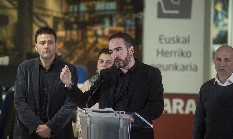 Iñaki Soto, 'Gara'-ko zuzendaria, prentsaurreko batean. ©JON URBE / FOKU