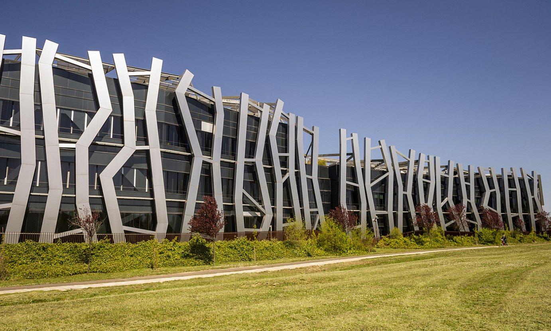 Euneiz unibertsitatearen eraikina, Buesa Arenaren inguruan, Gasteizen. ©JAIZKI FONTANEDA / FOKU