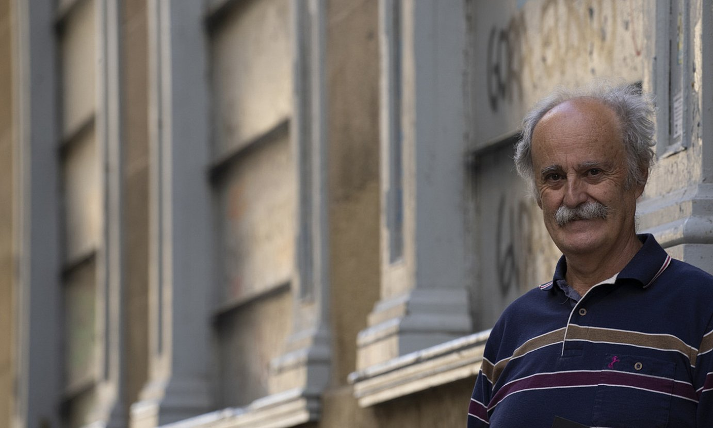 Juan Kruz Igerabide idazlea, <em>Doneaneko alaba</em> bere nobela berriaren aurkezpenaren aurretik, atzo, Donostian. ©JAGOBA MANTEROLA / FOKU