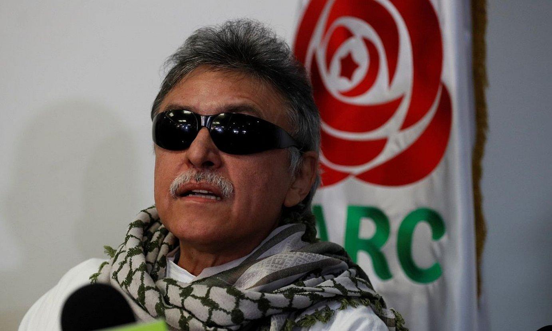 Seuxis Paucias Hernandez <em>Jesus Santrich</em> FARC-EPko buruzagi ohia, 2019ko irudi batean. ©MAURICIO DUEÑAS CASTAÑEDA / EFE