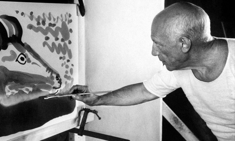 Pablo Picassorekin Jose Mari Larramendik hitz egin zuen. ©EFE