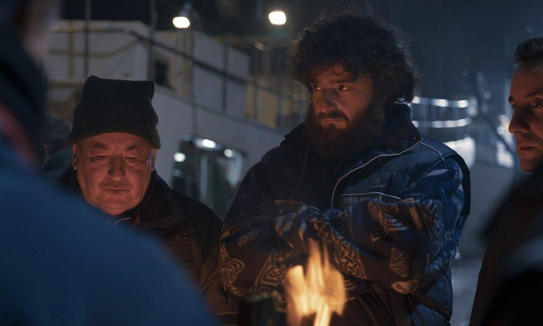 Gorka Otxoak Morte-ren rola jokatzen du telesailean. Arrantzale zakarra eta gogorra da. ©MOVISTAR+