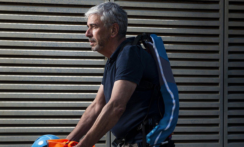 Pierre-Andre Foix Exofair enpresako burua, Miarritzen ekoizten duten Every exoeskeletoa soinean. ©GUILLAUME FAUVEAU