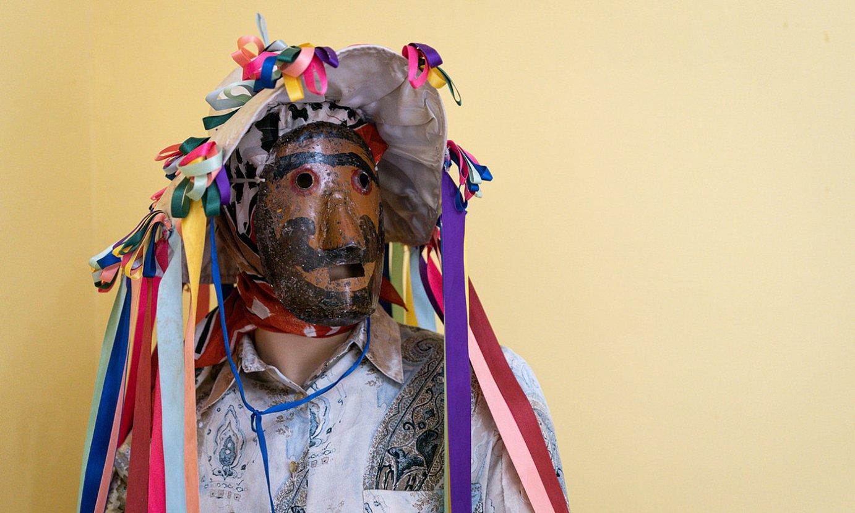 Mamoxarroa eta mutua dira Unanuko inauterietako pertsonaiak, eta haien jantziak ikusgai paratu dituzte museoan. Irudian, mamoxarroa. ©ENDIKA PORTILLO / FOKU