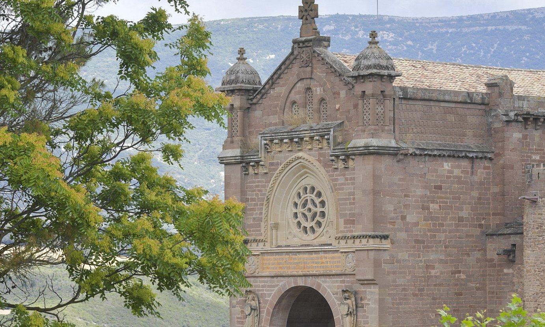 Xabierko gazteluan dagoen basilikaren ataria. ©IDOIA ZABALETA / FOKU